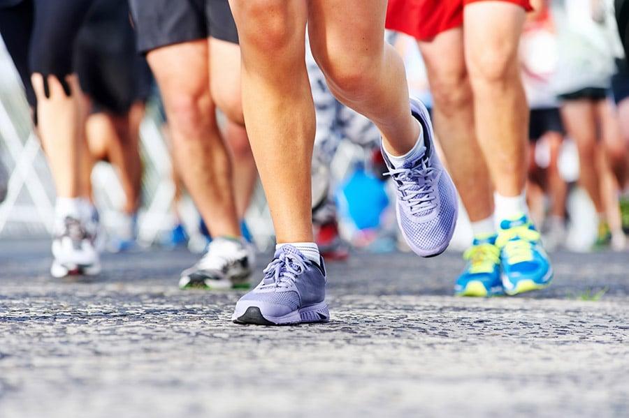 Hoe meet je hoe lang je hardloopschoenen nog mee gaan?