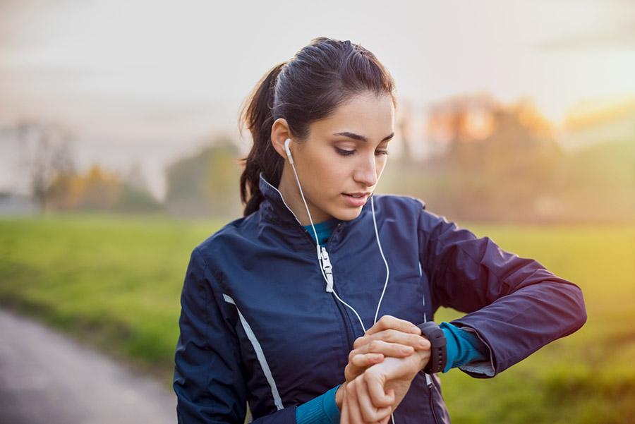 Waar moet je bij aanschaf van een smartwatch voor dames op letten?